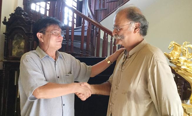 Lương Y Nguyễn Bá Nho chữa bệnh ung thư cho Bác Sĩ, Tiến Sỹ Dược học người Pháp Benharoon - 67 Tuổi